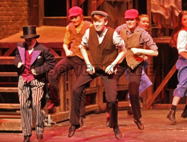 oliver stage scene 7.jpg - Sligo Weekender | Sligo News | Sligo Sport